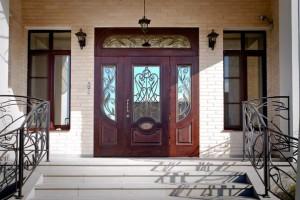 Большие входные металлические двери