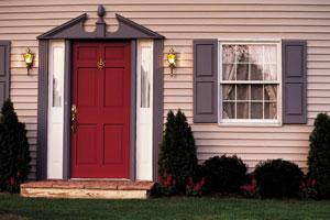 Крашенные входные двери