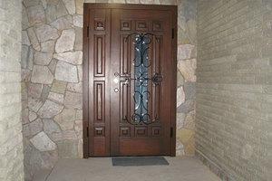 Полуторные металлические двери