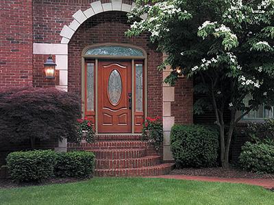 Входные двери в коттедж